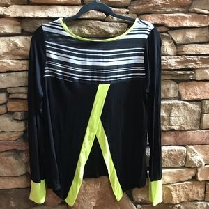 Rue 21 Split Back Long Sleeve Top